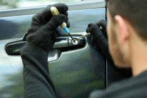 Autóvédelem: néhány hasznos tipp lopás ellen